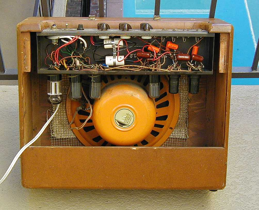 Hand Wired Amps | Do Hand Wired Amps Necessarily Sound Better Than Machine Wired
